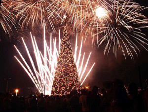 christmastree_fireworks