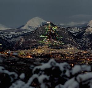 umbrie-italie-kerstboom
